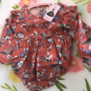 Other - Cute baby girl romper